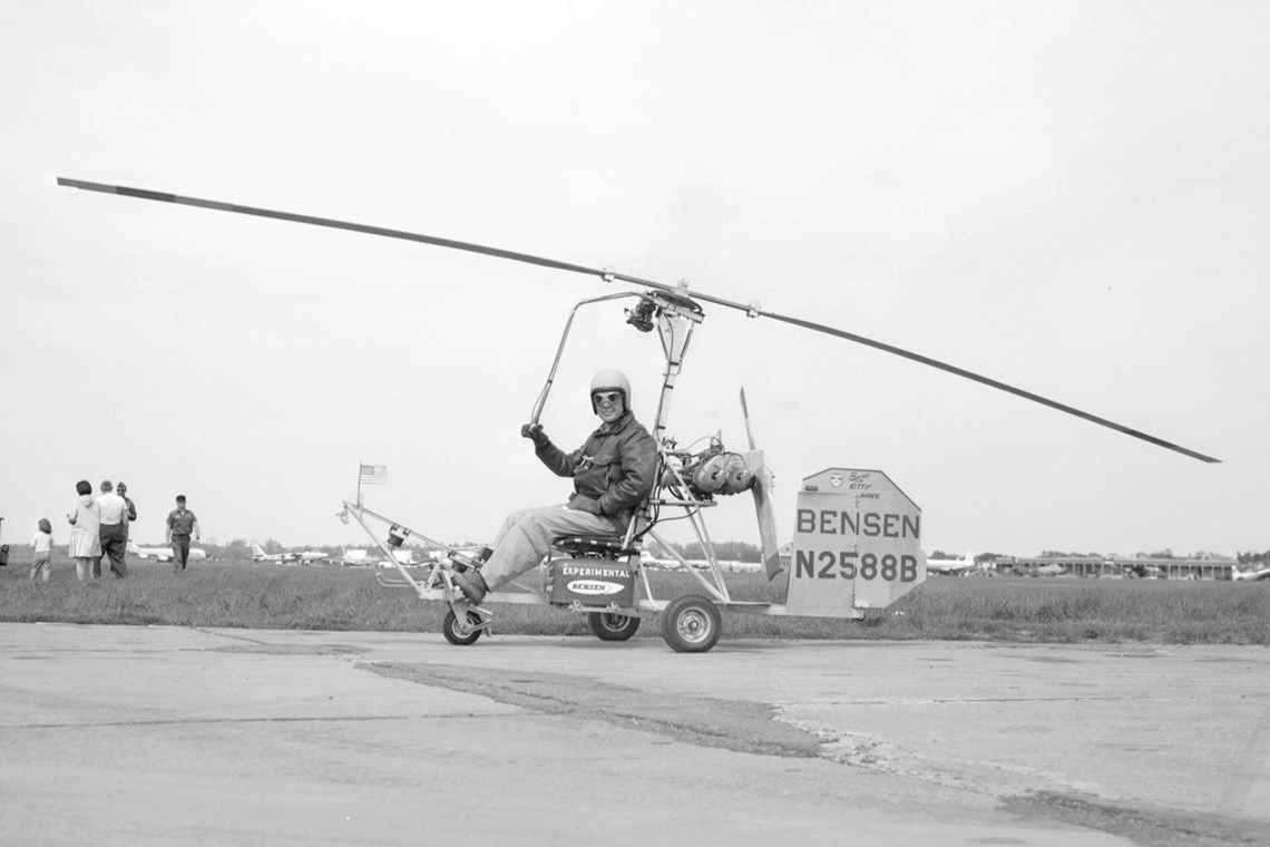 A Bensen B-8M Gyro-Copter in action
